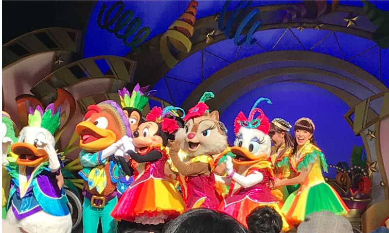 ミニーマウス、デイジーダック、歌姫クラリス可愛いピンクのドレス画像
